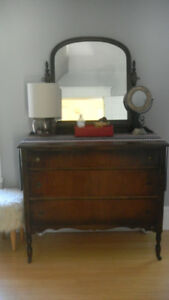 Moving Sale Beautiful ANTIQUE Dresser with mirror