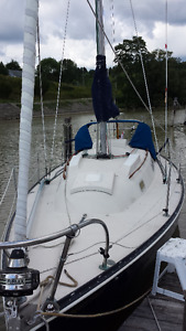 30 ft C&C ready to sail, $13,900 Victoria Day give away