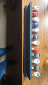 TAP HANDLE COLLECTION. 12 AND STAND.