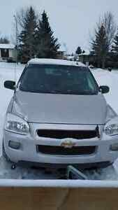 Chevrolet Uplander LT with DVD in Good Condition