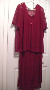 NEW with tags ladies beautiful dress size 5X $10