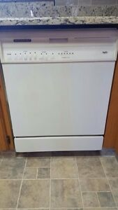 Great condition dishwasher!
