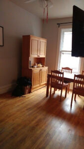 Charming 1BR in the Glebe - Feb 1st