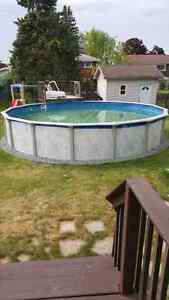 Free above pool