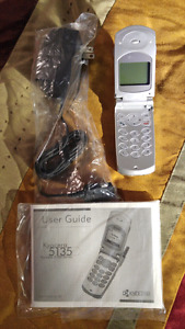 BRAND NEW KYOCERA CLASSIC CELL PHONE
