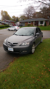2007 MAZDA 3 5SPEED! NEED GONE!