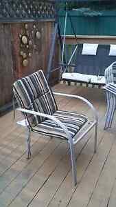 Patio set w 5 chairs, lawn chaise, table & umbrella Edmonton Edmonton Area image 2