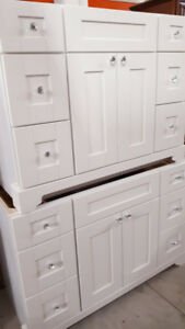 """SOLID WOOD 42"""" and 48"""" WHITE BATHROOM VANITY / CABINET on SALE !"""