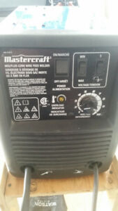Mastercraft wire feed welder and helmet - very new