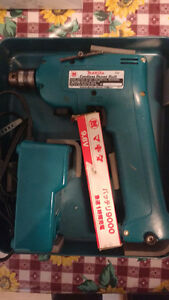 Makita cordless drill very good condition
