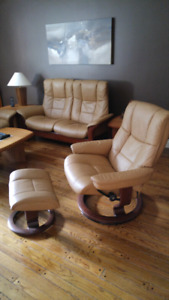 RÉSERVÉ FAUTEUIL AVEC OTTOMAN Meubles en teck/teak furniture