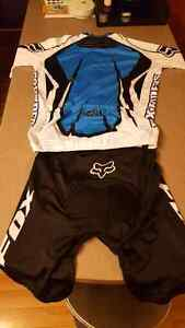 Fox cycling shorts and jersey.