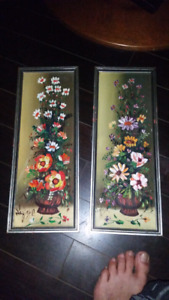 Pair of art paintings