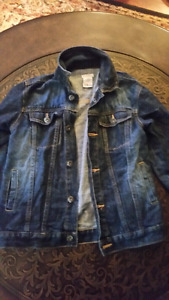 EXCELLENT CONDITION BOYS SIZE 8 JEAN JACKET  $10