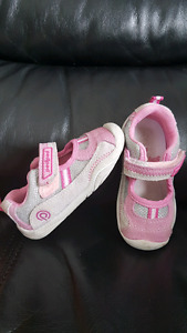 Pediped summer shoes size 22 (6-6.5)