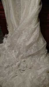 Vintage White Valeciene Gown Organza, Beading & Beaded Headpiece London Ontario image 9