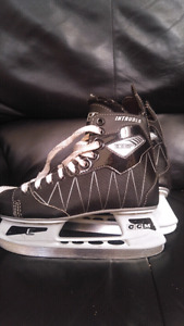 Youth size 5 CCM Intruder hockey skates