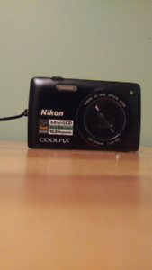Touch screen nikon coolpix camera