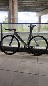 Unkown Singularity Track / Fixed Gear Bicycle