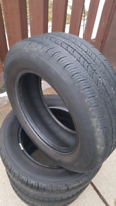 Four 195/65/R15 Michelin all season tires