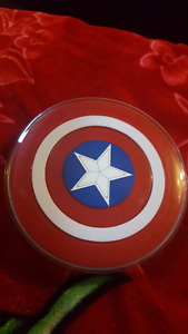 In new condition Captain America  Wireless charger