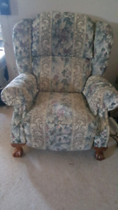 URGENT!!! Moving Need to Sell Recliners ASAP