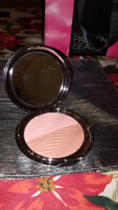 Maquillage Lise watier neuf !!!