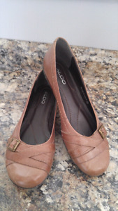 Size 9 leather tan/brown ALDO SHOES $20