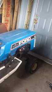 Ford 18 yth lawn tractor Peterborough Peterborough Area image 6