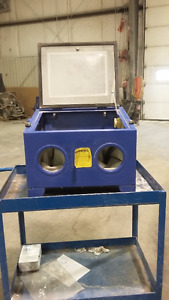 Sandblaster and other equipment for sale