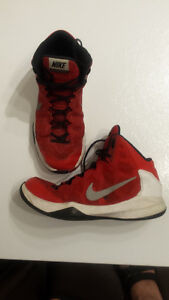 Men's Nike Zoom Without A Doubt shoes size 10 1/2. $30 OBO