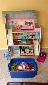 Barbie Doll House with dolls and clothing