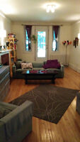 Room for sublet in spacious 2 bedroom apartment