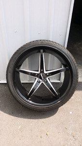 Complete set of 20 Touren tr70 wheels and tires