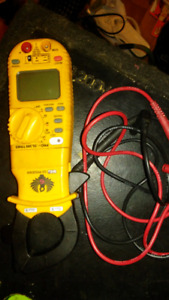 Hi end multi meter with clamp on