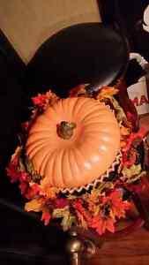 Halloween  pumpkin pie plate centre piece Kitchener / Waterloo Kitchener Area image 1