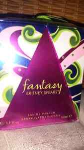 ** new ** Fantasy. Britney Spears. Perfume.