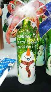 RECYCLED GLASS - HAND PAINTED CHRISTMAS  DECORATIONS Edmonton Edmonton Area image 5
