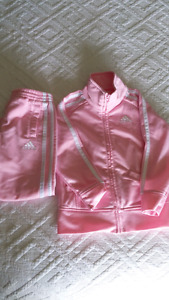 2T - Two piece Adidas track suit