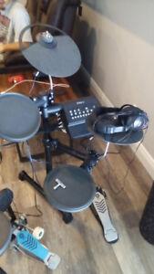 Yamaha DTX Electronic Drum Set seldom used