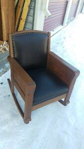 Antique Solid Oak Chicago New York Rocking Chair