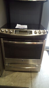STOVES NEW SMOOTH TOP GAS ELECTRIC SLIDE IN FREE STANDING