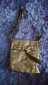 Moving sale! Many purses and wallets! Cambridge Kitchener Area image 3