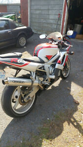 2000 R6 needs a new home
