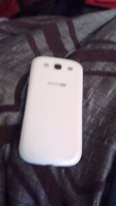 White Samsung Galaxy S3 (16 GB | Verizon Wireless) Sarnia Sarnia Area image 2