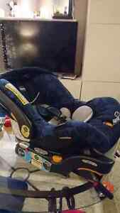 Got your car seat for the Grandparent's car? West Island Greater Montréal image 1