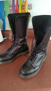 Doc Martens - Steel-toe 20 Hole Boots