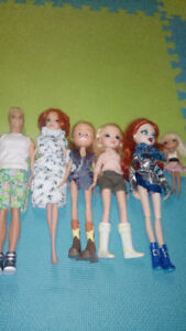 Barbies & Bratz Dolls & Clothing/Assessories