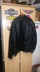New Leather coat 56 T with zip in liner...Great Christmas gift