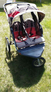 Expedition Double Seat Jogging Stroller